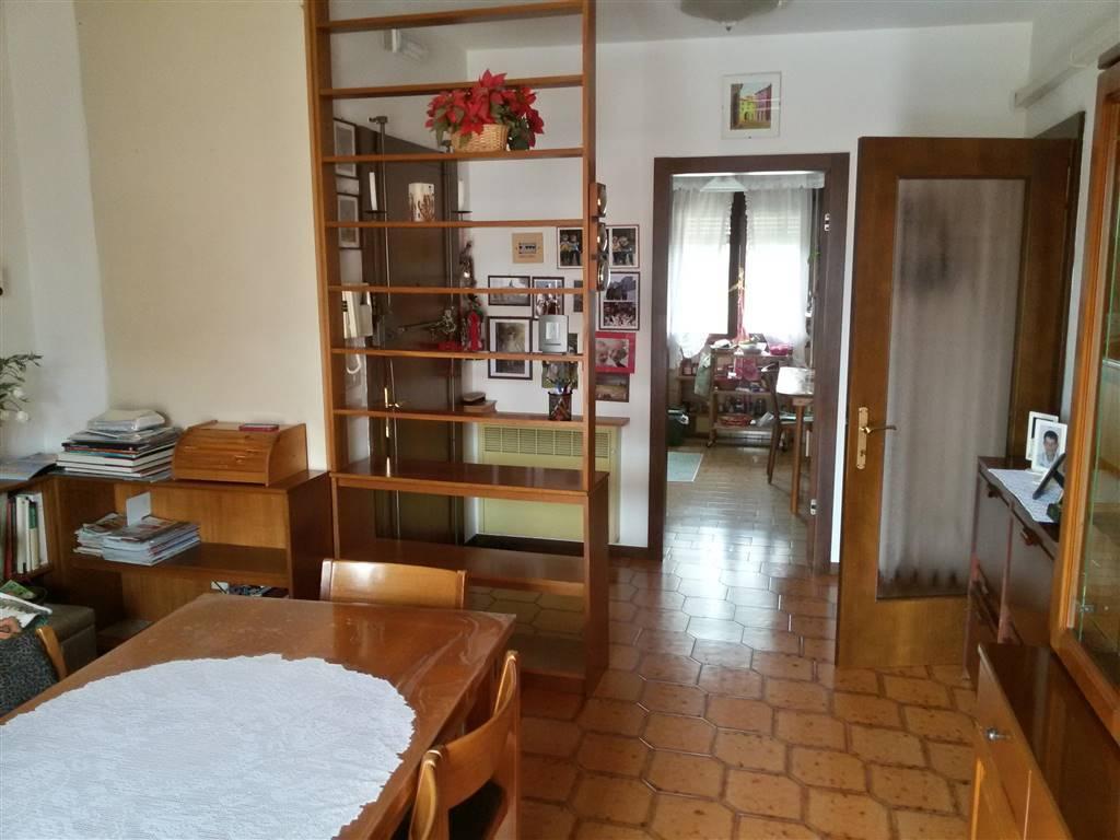 Appartamento in vendita a Salzano, 4 locali, zona Zona: Robegano, prezzo € 129.000 | CambioCasa.it
