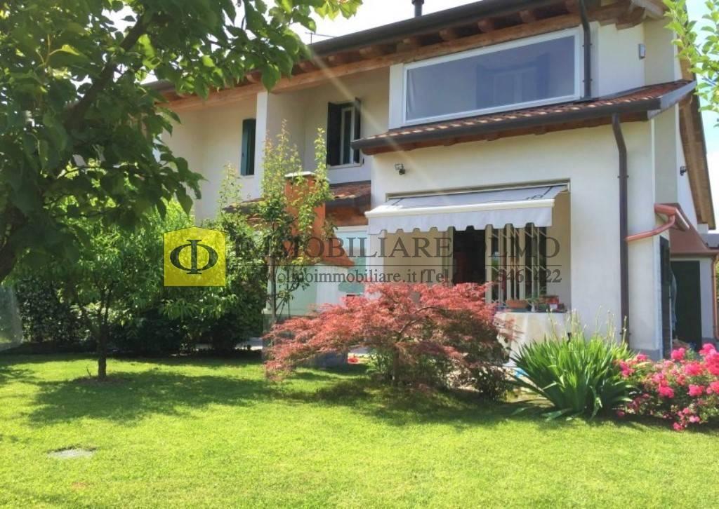 Villa Bifamiliare in vendita a Santa Maria di Sala, 6 locali, zona Località: FRAZIONI: CALTANA, prezzo € 210.000 | CambioCasa.it