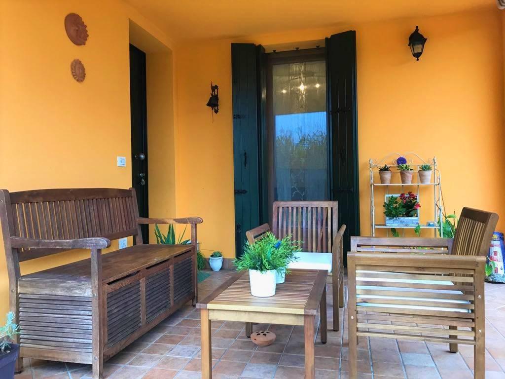 Villa Bifamiliare in vendita a Santa Maria di Sala, 6 locali, zona Località: VETERNIGO LOCALITÀ: TRE PONTI, prezzo € 218.000 | CambioCasa.it