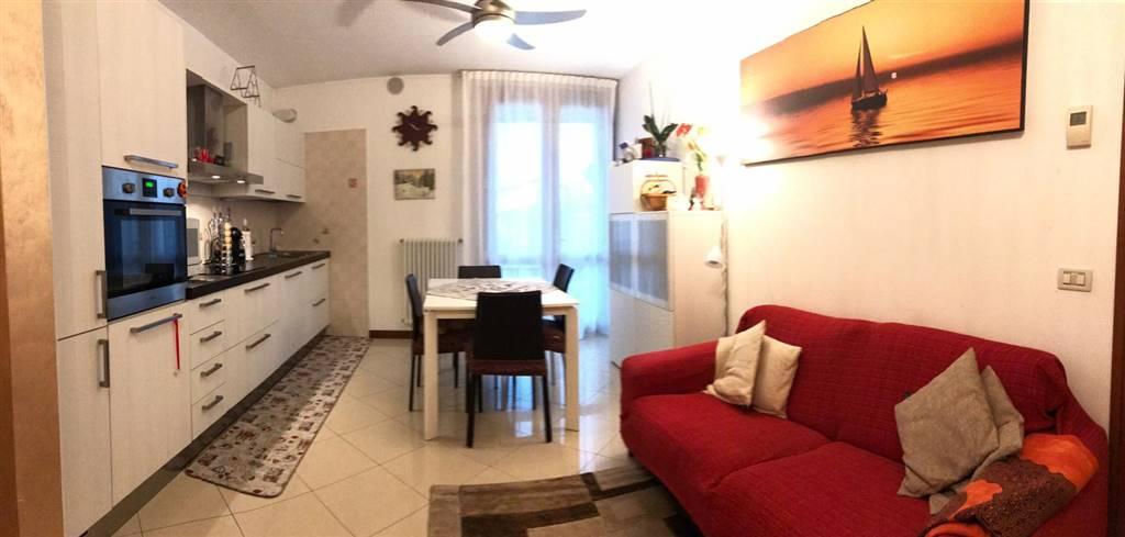 Appartamento in vendita a Salzano, 3 locali, prezzo € 125.000   CambioCasa.it