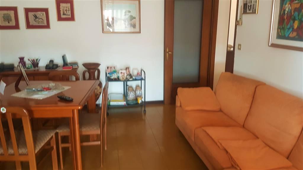 Appartamento in vendita a Salzano, 3 locali, prezzo € 99.000 | CambioCasa.it