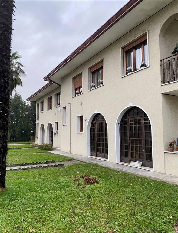 Soluzione Indipendente in vendita a Preganziol, 10 locali, prezzo € 180.000 | CambioCasa.it
