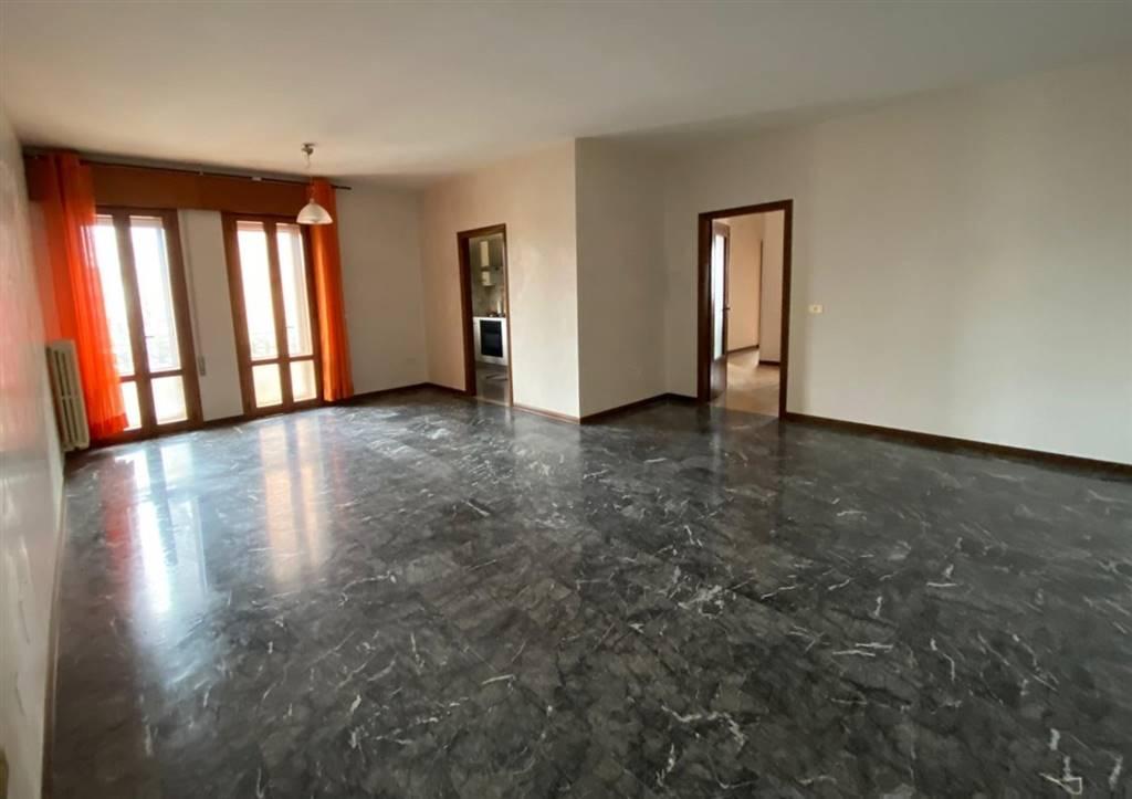 Appartamento in vendita a Salzano, 5 locali, prezzo € 120.000 | CambioCasa.it