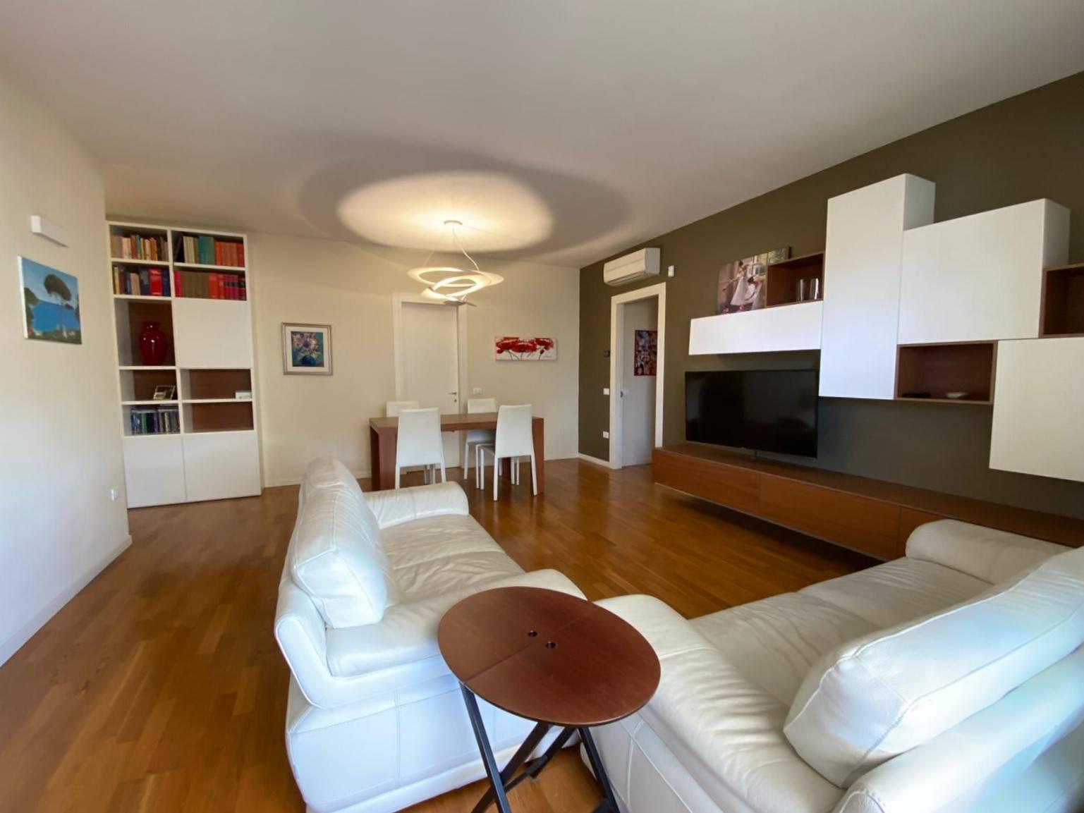 Appartamento in vendita a Martellago, 6 locali, prezzo € 245.000 | PortaleAgenzieImmobiliari.it