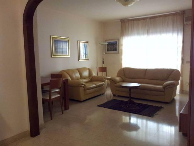 Appartamento in Viale Calabria 129, Viale Calabria, Reggio Calabria