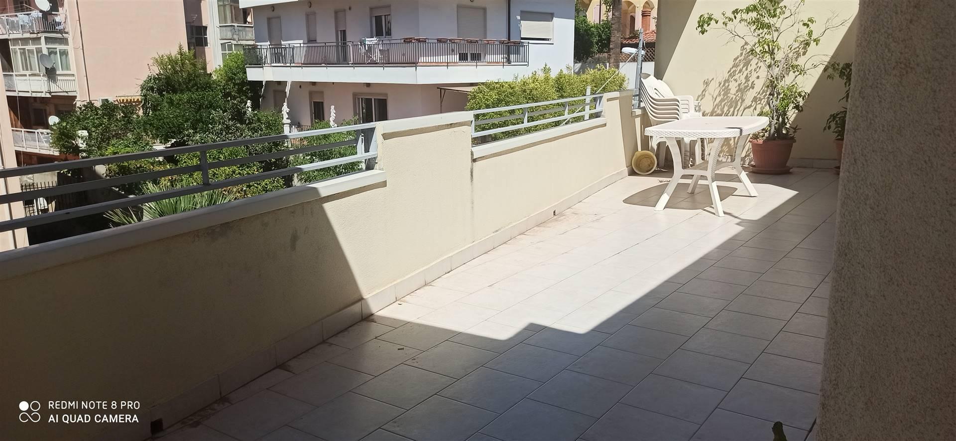 Appartamento Arredato Con Terrazzo In Affitto A Reggio Calabria  medan 2022