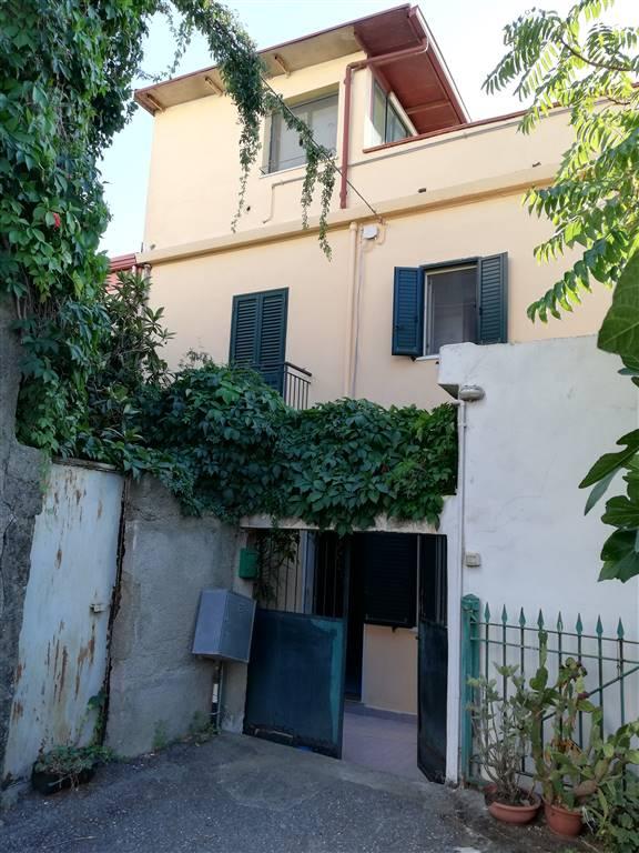 Appartamento indipendente in Via Salita Cupola 3, Reggio Campi, Reggio Calabria