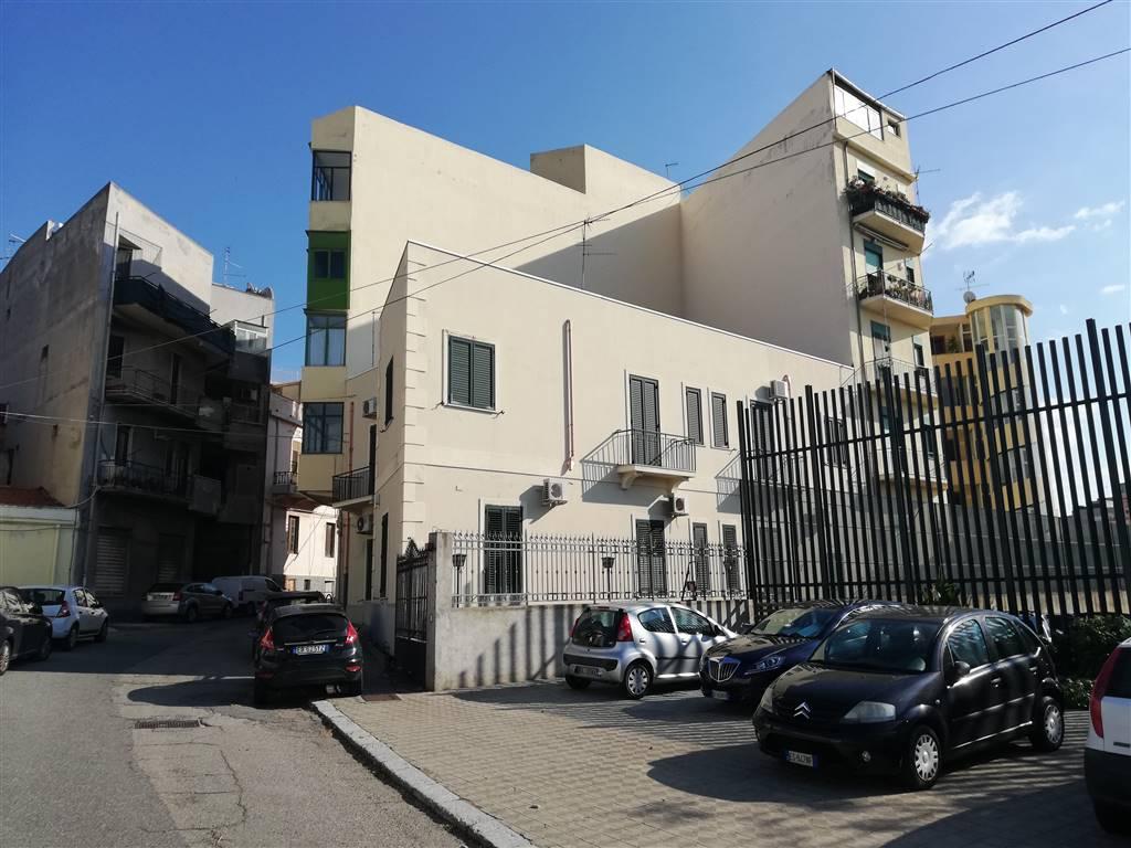 Trilocale in Via San Pietro 34/a, Centro, Reggio Calabria