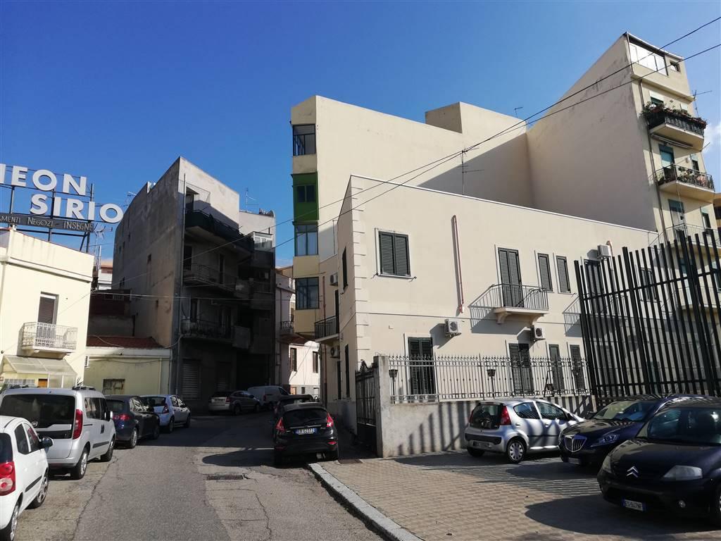 Quadrilocale in Via San Pietro 34/a, Centro, Reggio Calabria