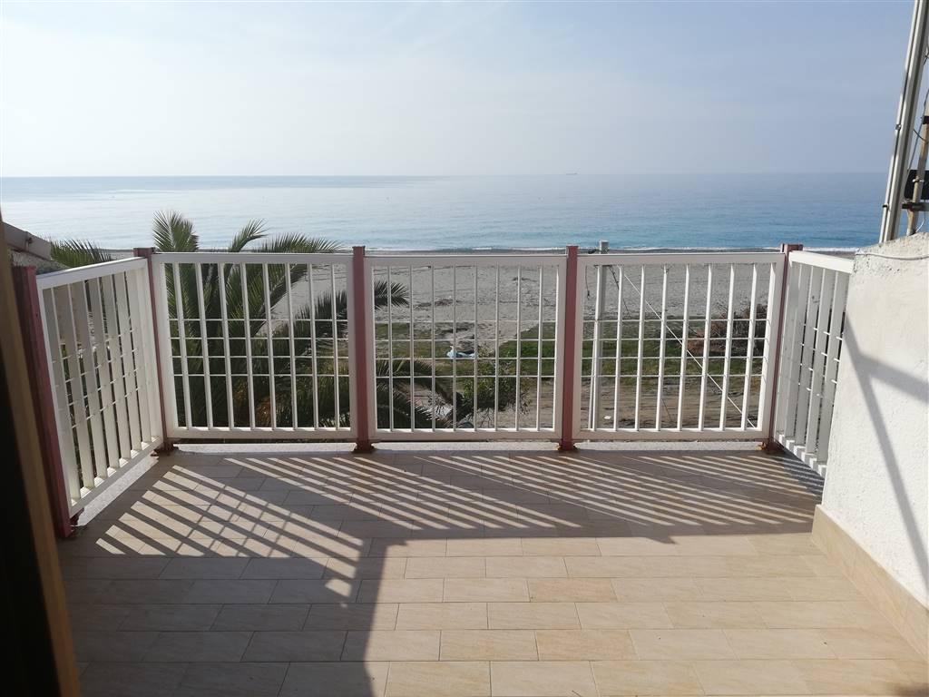 Appartamento in affitto a San Lorenzo, 3 locali, zona Località: MARINA DI SAN LORENZO, prezzo € 400 | CambioCasa.it
