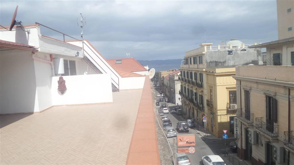 Bilocale in Via Fata Morgana 26, Centro, Reggio Calabria