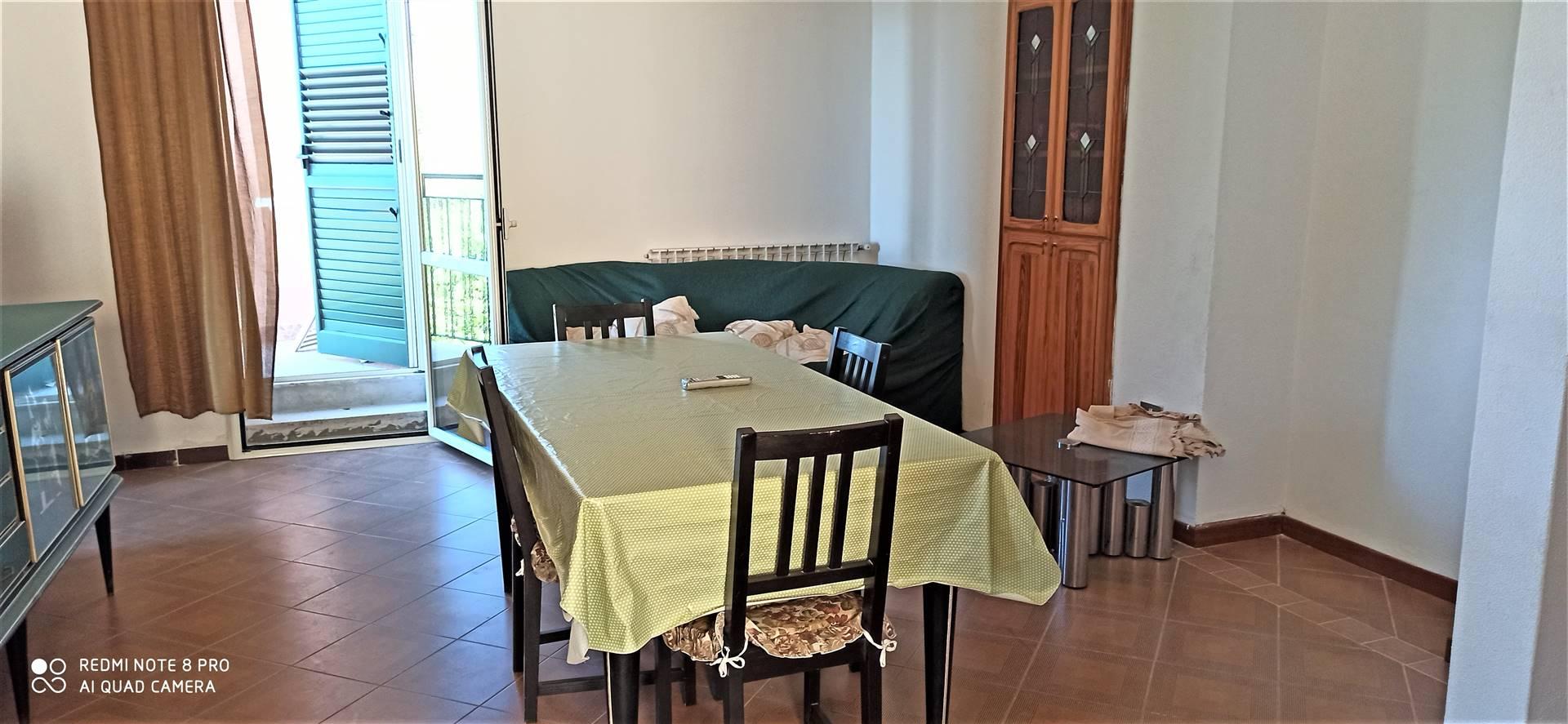 Appartamento in affitto a Villa San Giovanni, 3 locali, zona Località: PORTICELLO, prezzo € 400 | CambioCasa.it