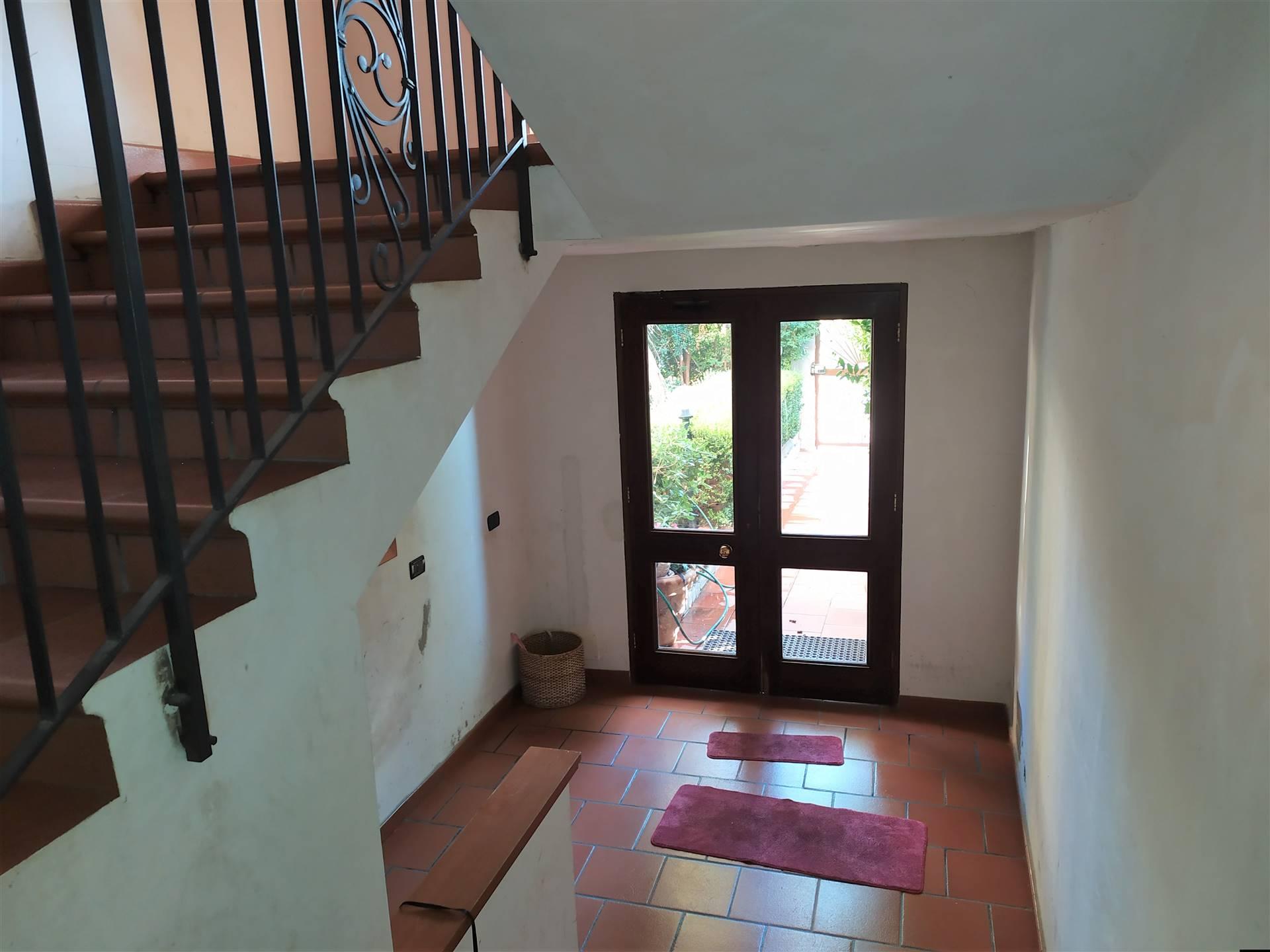 Appartamento in vendita a Reggio Calabria, 4 locali, zona Località: SALA DI MOSORROFA, prezzo € 70.000 | CambioCasa.it