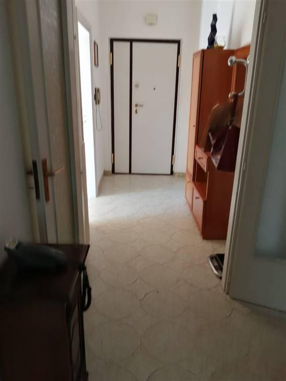 Trilocale in Via San Leonardo, San Leonardo , Arechi , Migliaro, Salerno