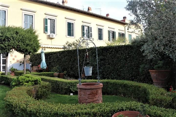giardino d'ingresso