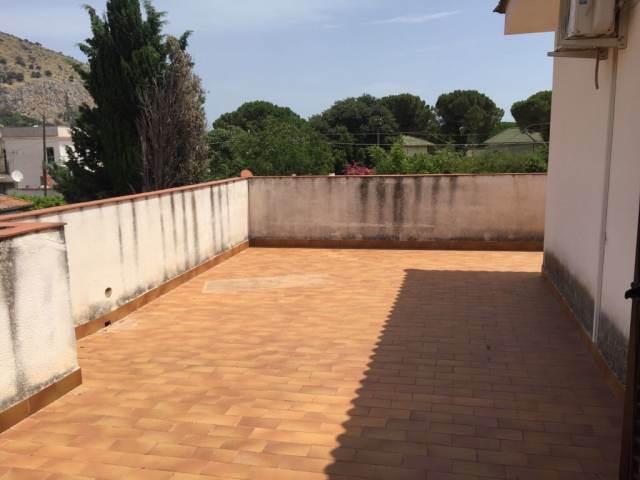 terrazzo attiguo alla mansarda