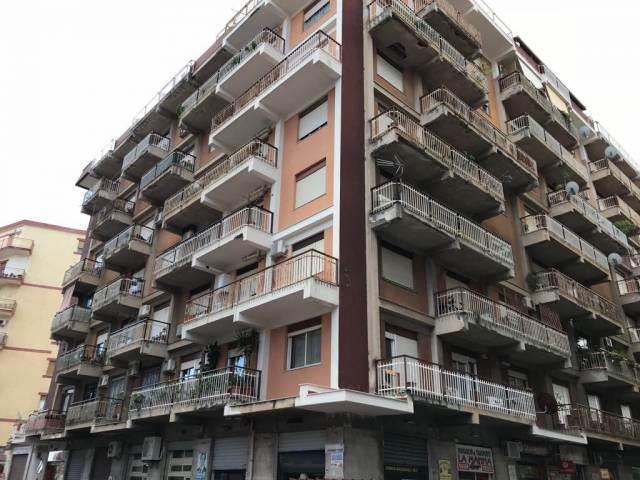 Trilocale in Via Angelo Poliziano 11, Noce, Palermo