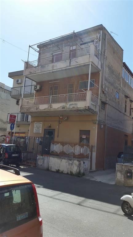 Casa singola in Via Partanna Mondello 55, Partanna, Palermo