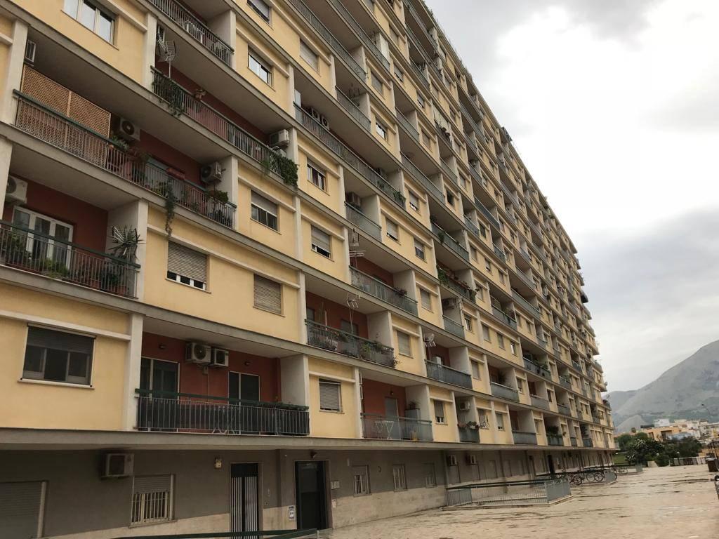 Uffici palermo in vendita e in affitto cerco ufficio for Cerco ufficio a roma