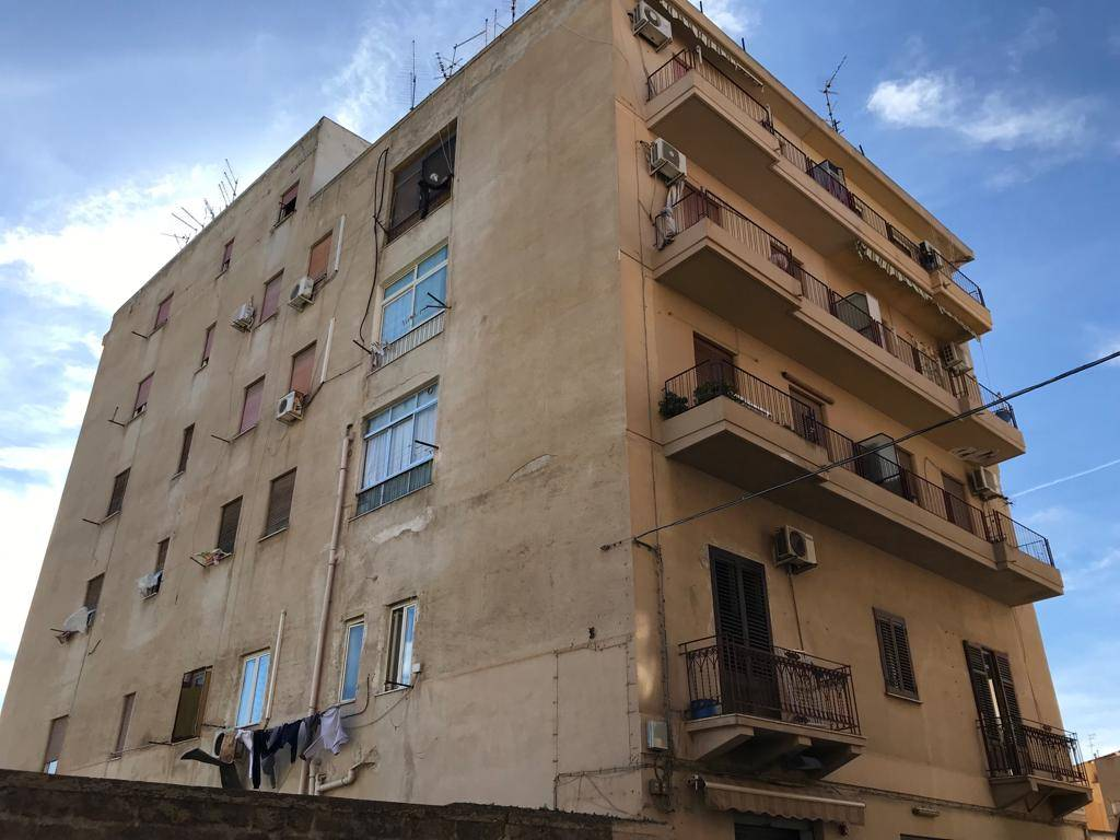 ZISA, PALERMO, Apartment for sale of 45 Sq. mt., Be restored, Heating Non-existent, Energetic class: G, Epi: 175 kwh/m2 year, composed by: 2 Rooms, 1