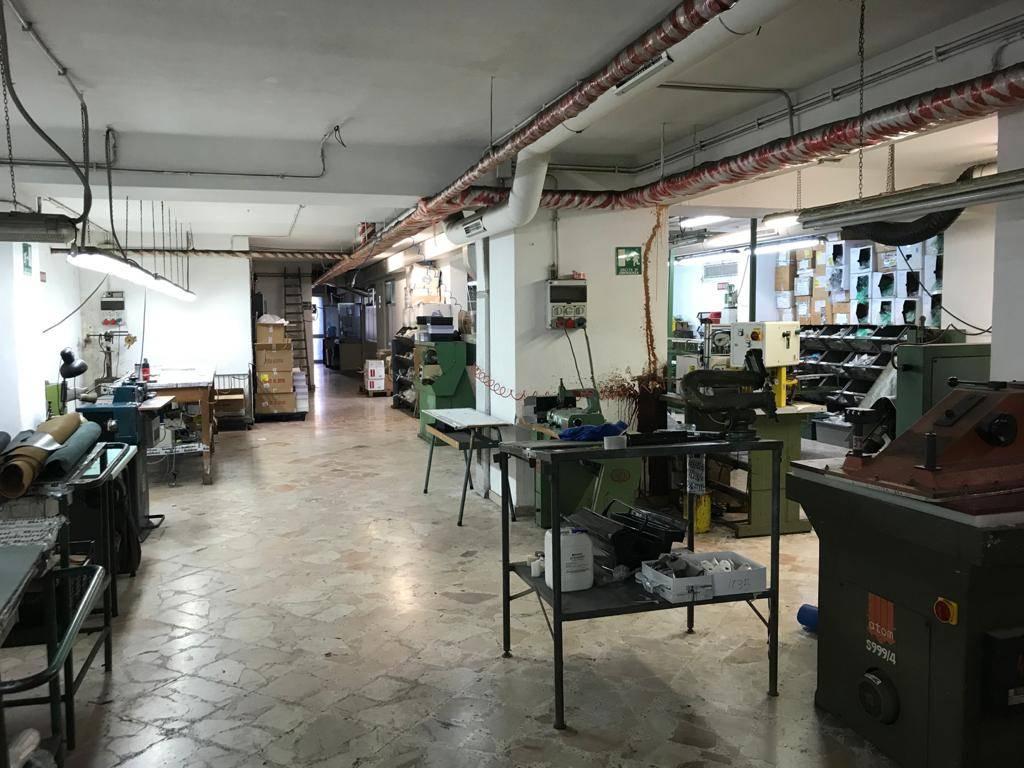 in vendita Attività commerciale, Via Giuseppe Paratore 14 ...