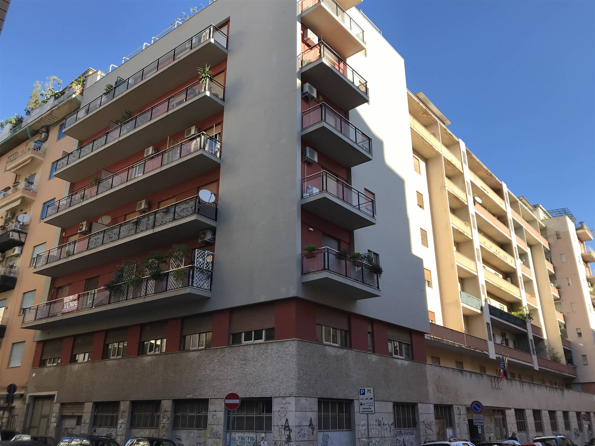 DANTE, PALERMO, Apartment for rent, Habitable, Heating Non-existent, Energetic class: G, Epi: 175 kwh/m2 year, placed at 2°, composed by: 4 Rooms, ,