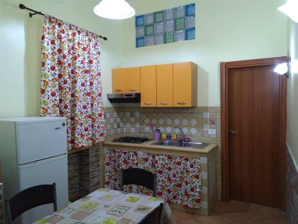 Appartamento in affitto a Palermo, 2 locali, zona Località: CORSO TUKORY, prezzo € 420 | PortaleAgenzieImmobiliari.it