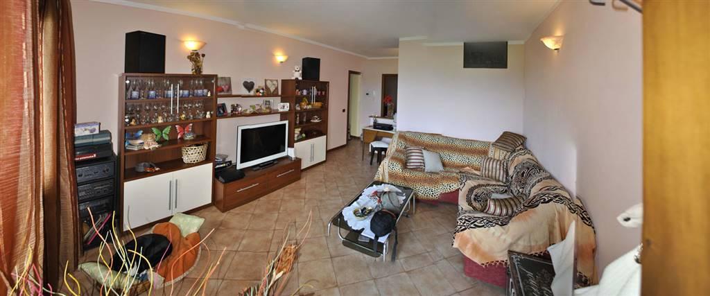CANTAGRILLO, SERRAVALLE PISTOIESE, Appartamento in vendita di 107 Mq, Ottime condizioni, Riscaldamento Autonomo, Classe energetica: G, Epi: 206,1