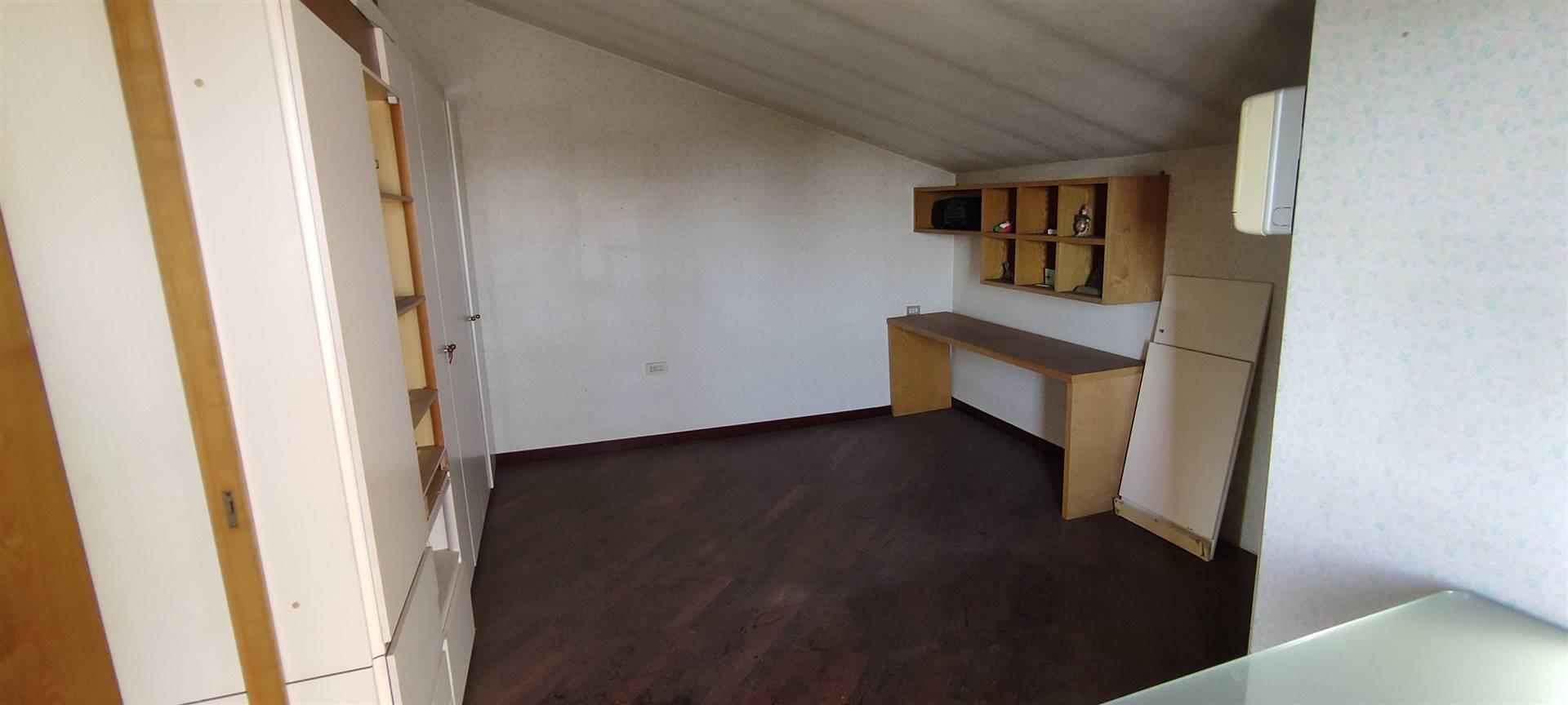 Camera 1 sottotetto