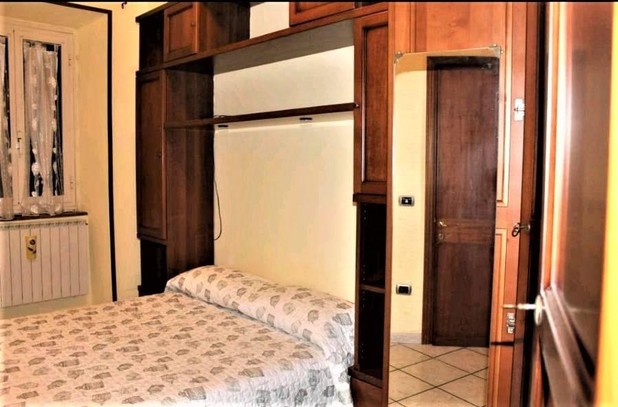 Appartamento in affitto a Tuscania, 4 locali, prezzo € 400 | CambioCasa.it