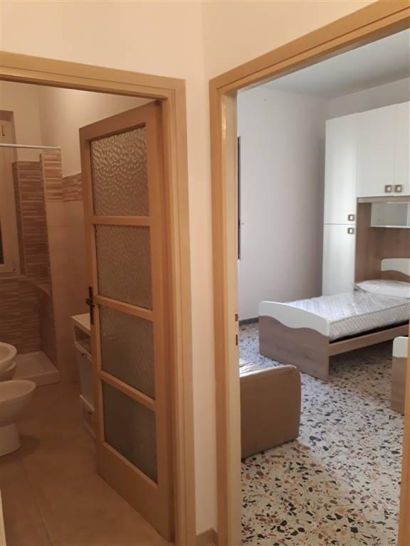 Soluzione Indipendente in affitto a Tuscania, 5 locali, prezzo € 400 | CambioCasa.it