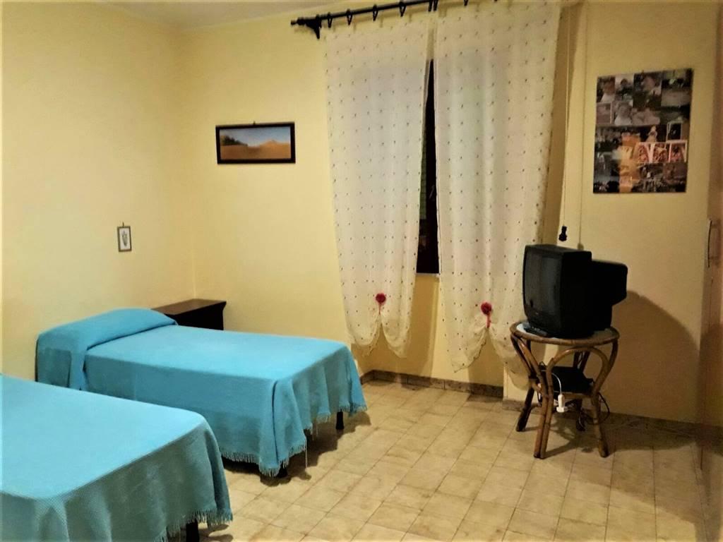 Appartamento in affitto a Tuscania, 4 locali, prezzo € 330 | CambioCasa.it