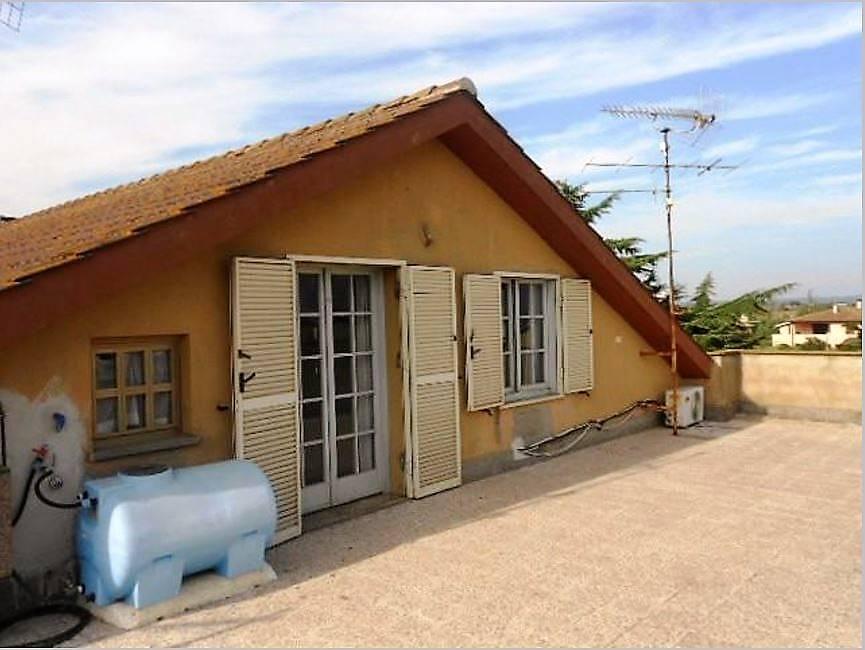Appartamento in vendita a Tuscania, 2 locali, prezzo € 65.000   CambioCasa.it