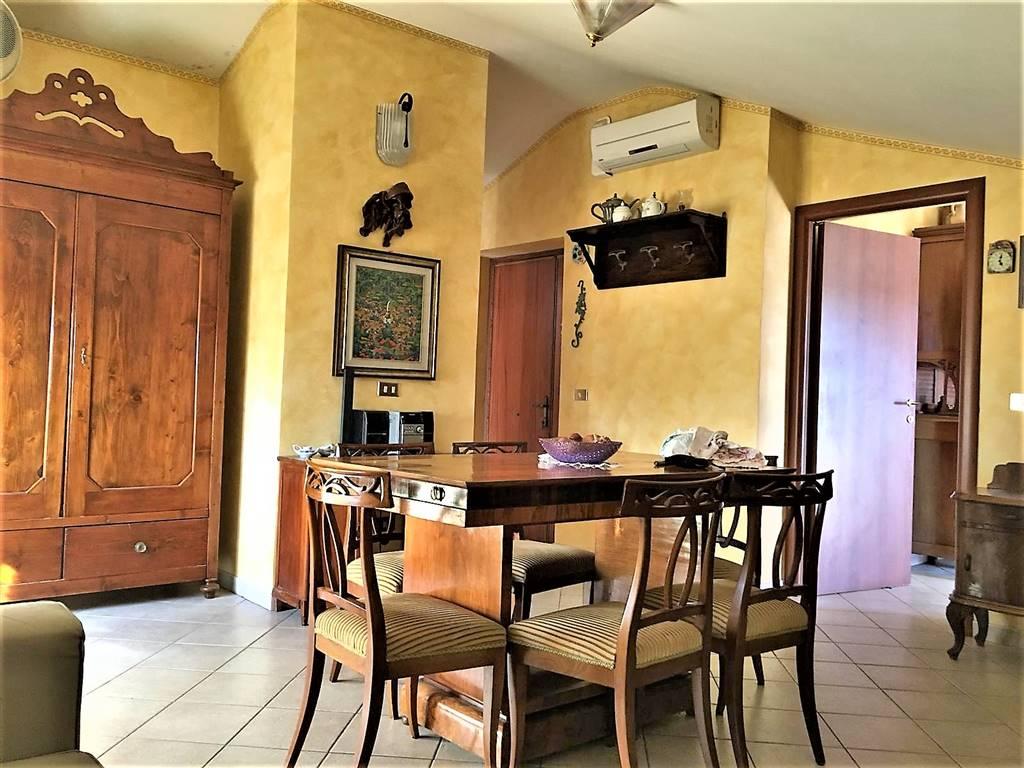 Appartamento in vendita a Tuscania, 4 locali, prezzo € 80.000 | PortaleAgenzieImmobiliari.it