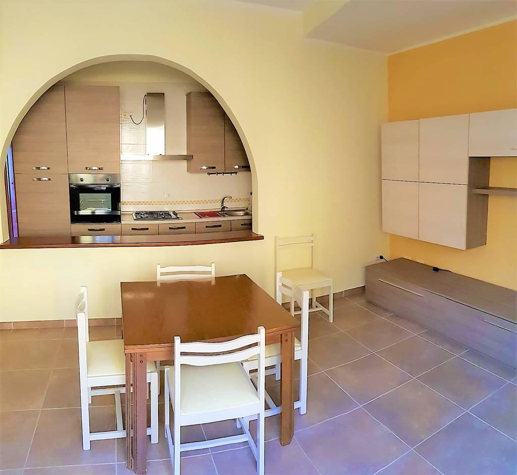 Appartamento in affitto a Tuscania, 4 locali, prezzo € 350 | CambioCasa.it