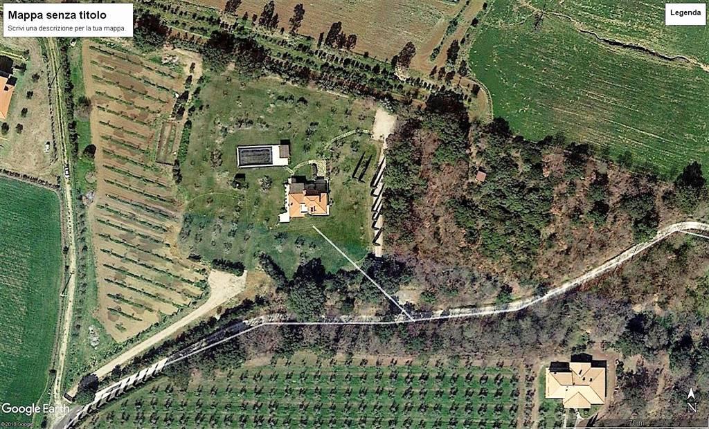 Villa in vendita a Montalto di Castro, 16 locali, prezzo € 800.000 | CambioCasa.it