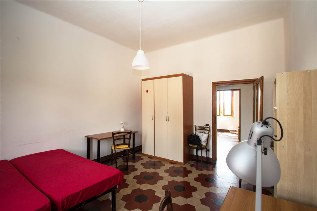 San Prospero - in bella zona residenziale vicino al centro storico e fuori dalla ZTL, libera camera singola per ragazzo in appartamento posto al 2°