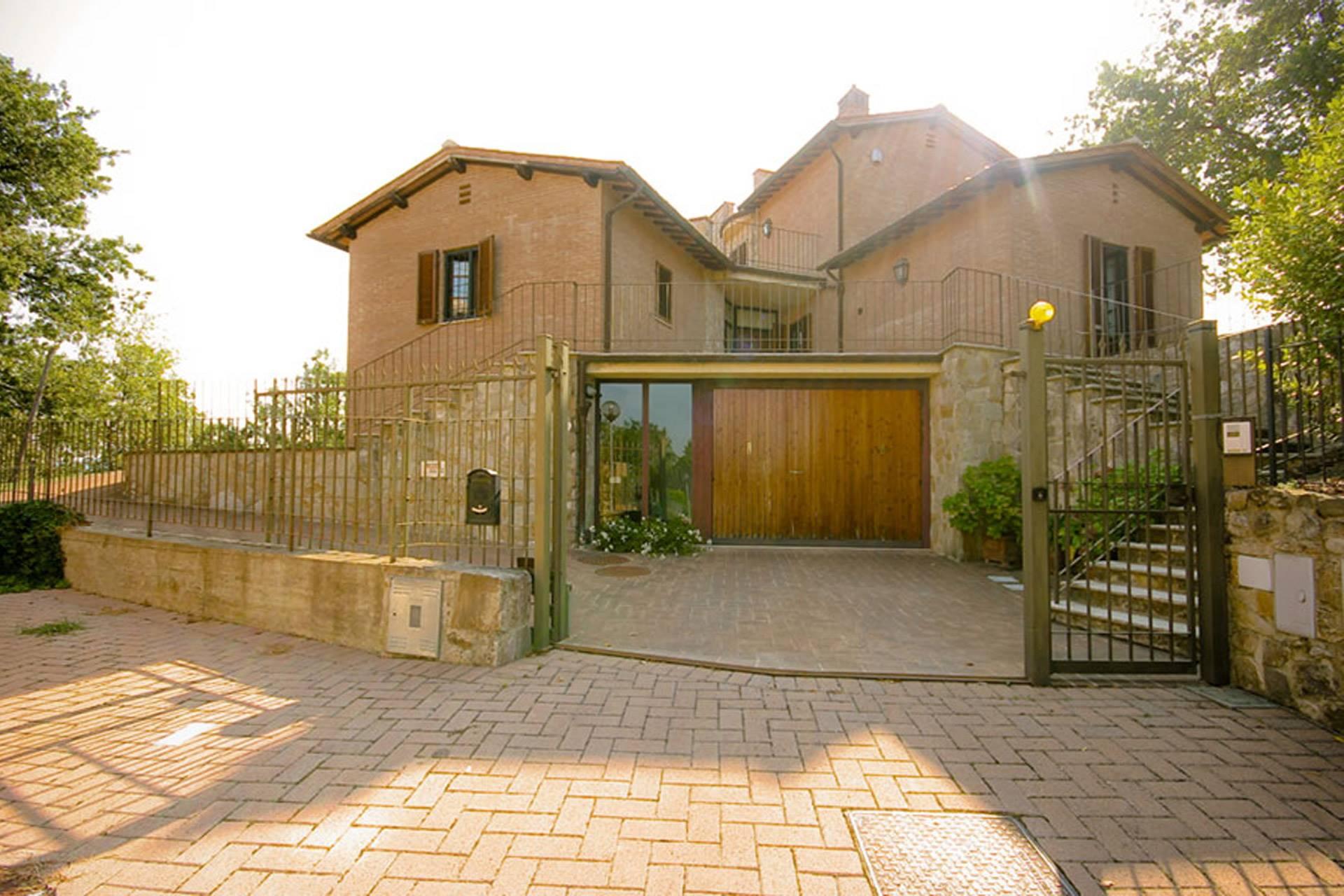 3685 villa lato ingresso