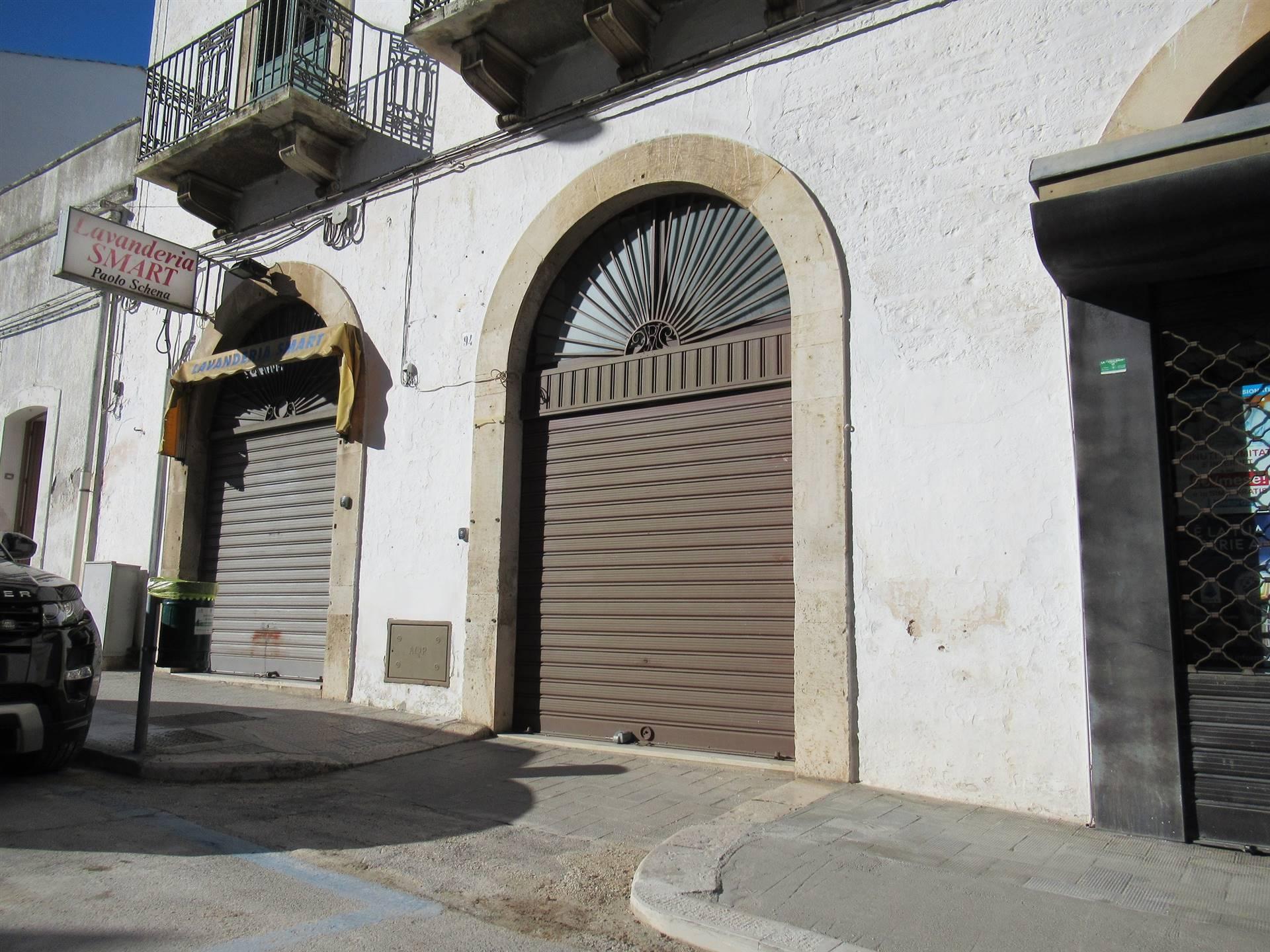 Affittasi Negozio / Locale a Alberobello