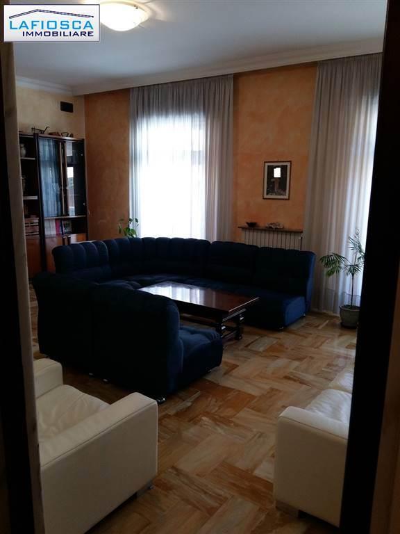 Appartamento, Gravina In Puglia, abitabile