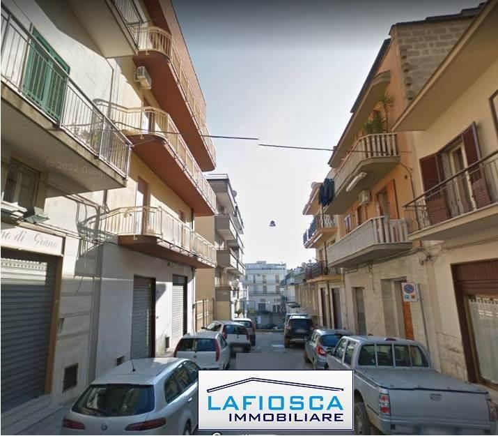Quadrilocale, Gravina In Puglia, da ristrutturare