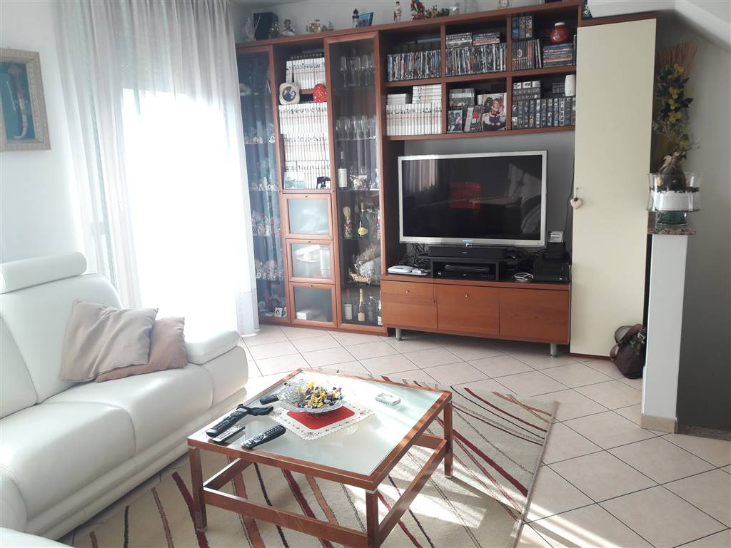 SANTANNA, CHIOGGIA, Detached house for sale of 170 Sq. mt., Excellent Condition, Heating Individual heating system, Energetic class: G, placed at