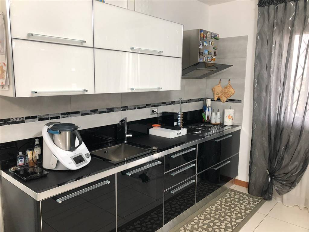 CA PASQUA, CHIOGGIA, Apartment for sale of 70 Sq. mt., Almost new, Heating Individual heating system, Energetic class: C, Epi: 84,5 kwh/m2 year,