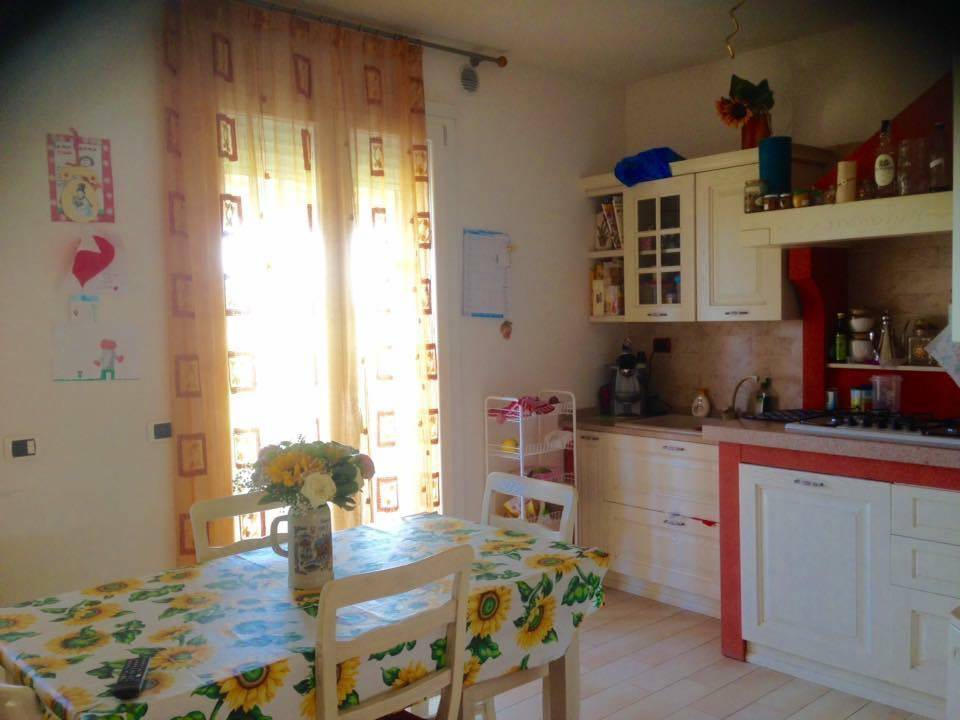 BRONDOLO, CHIOGGIA, Terraced house for sale of 150 Sq. mt., Energetic class: B, placed at Ground, composed by: 5 Rooms, Separate kitchen, , 3