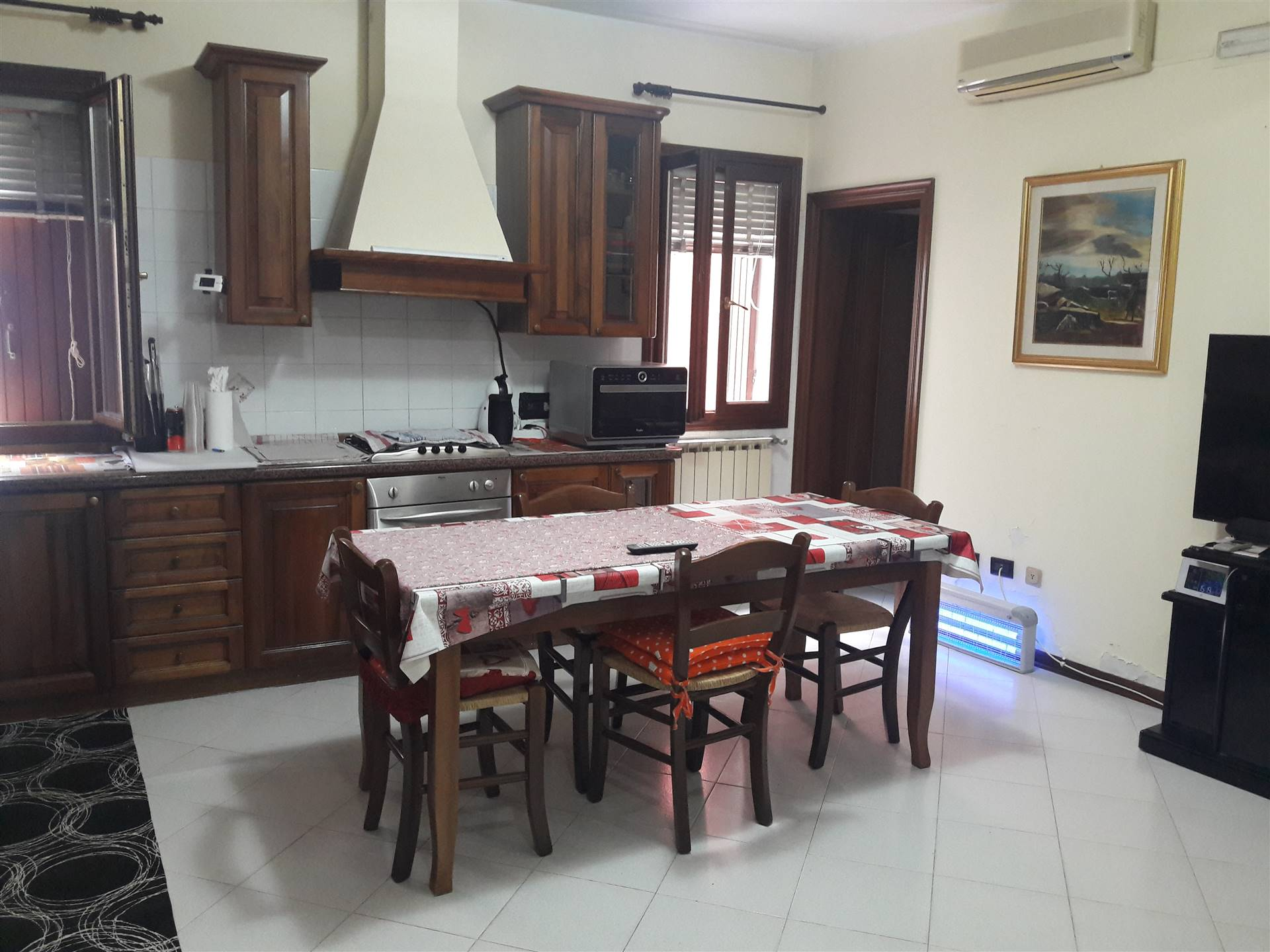 CHIOGGIA CENTRO, CHIOGGIA, Detached house for sale of 140 Sq. mt., Good condition, Heating Individual heating system, Energetic class: D, Epi: 75,