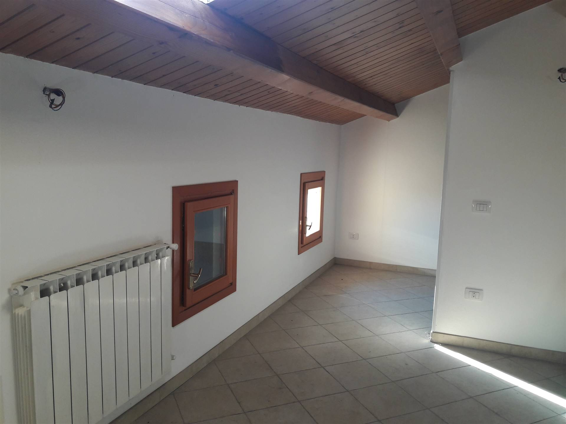 SOTTOMARINA, CHIOGGIA, Apartment for sale of 80 Sq. mt., Restored, Energetic class: E, Epi: 157,873 kwh/m2 year, placed at 2° on 3, composed by: 3