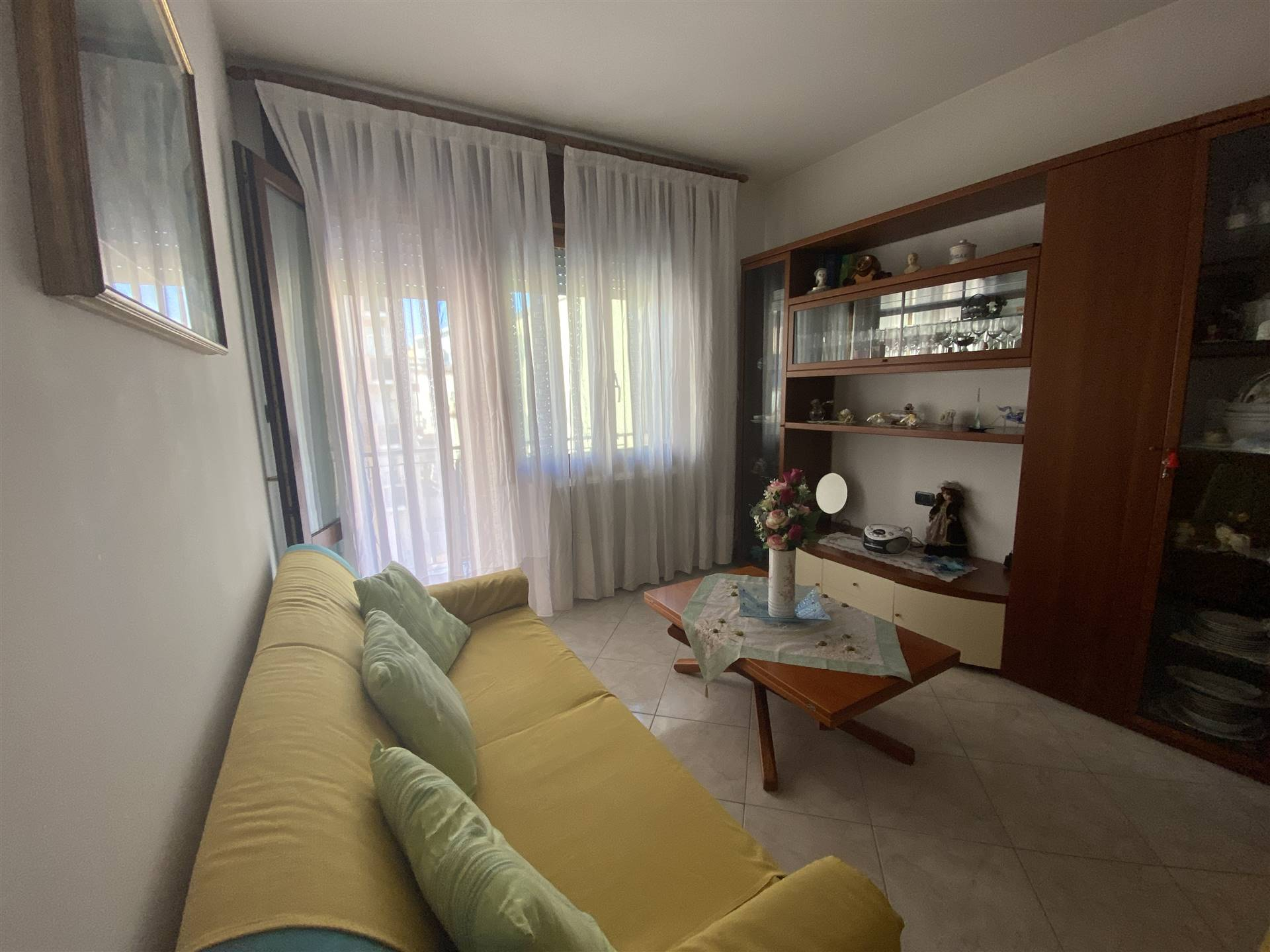 SOTTOMARINA, CHIOGGIA, Apartment for rent, Habitable, Heating Individual heating system, Energetic class: G, placed at 2°, composed by: 3 Rooms,