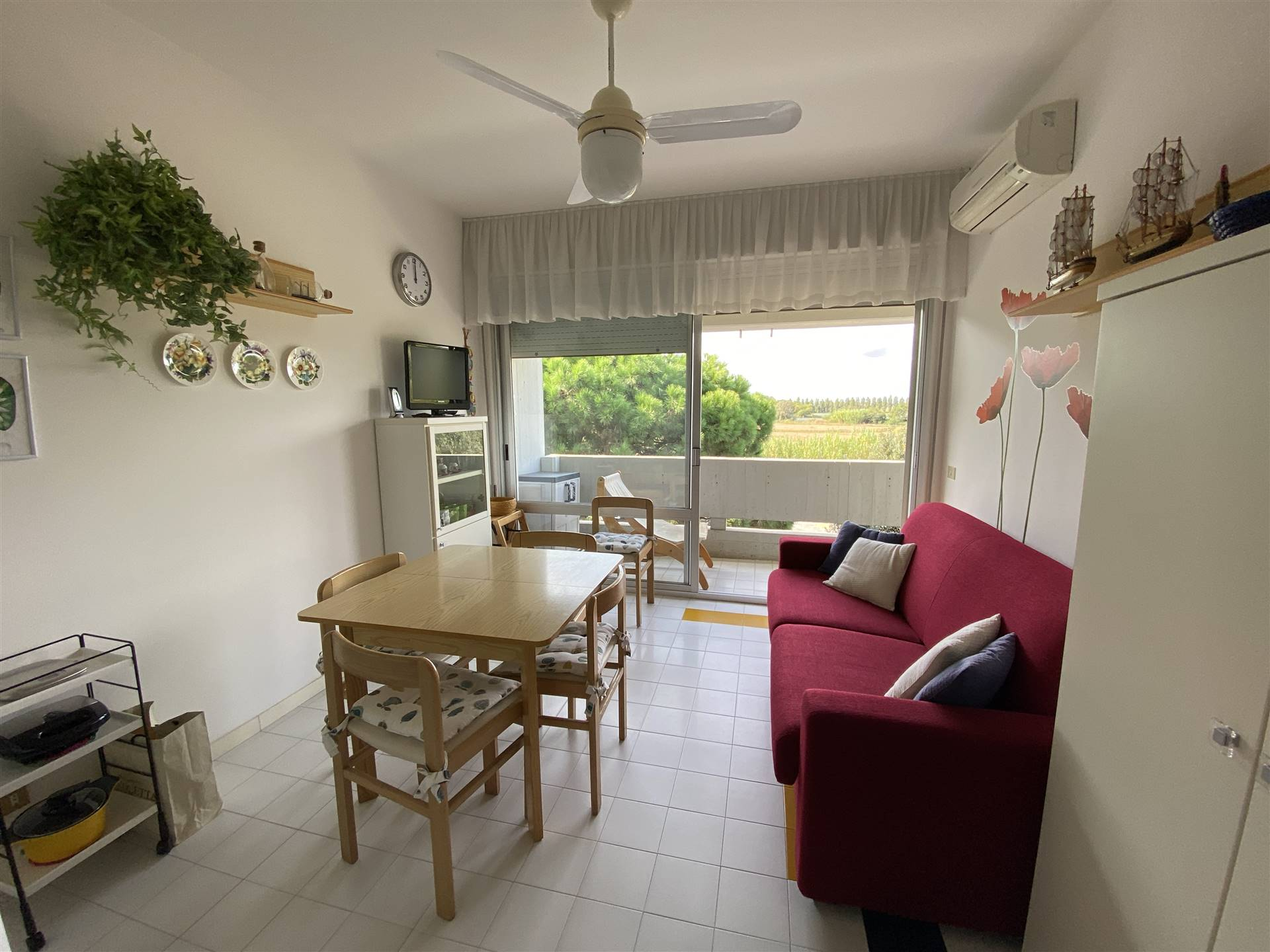 ISOLA VERDE, CHIOGGIA, Apartment for sale, Good condition, Energetic class: G, placed at 2°, composed by: 3 Rooms, Separate kitchen, 2 Bedrooms, 1