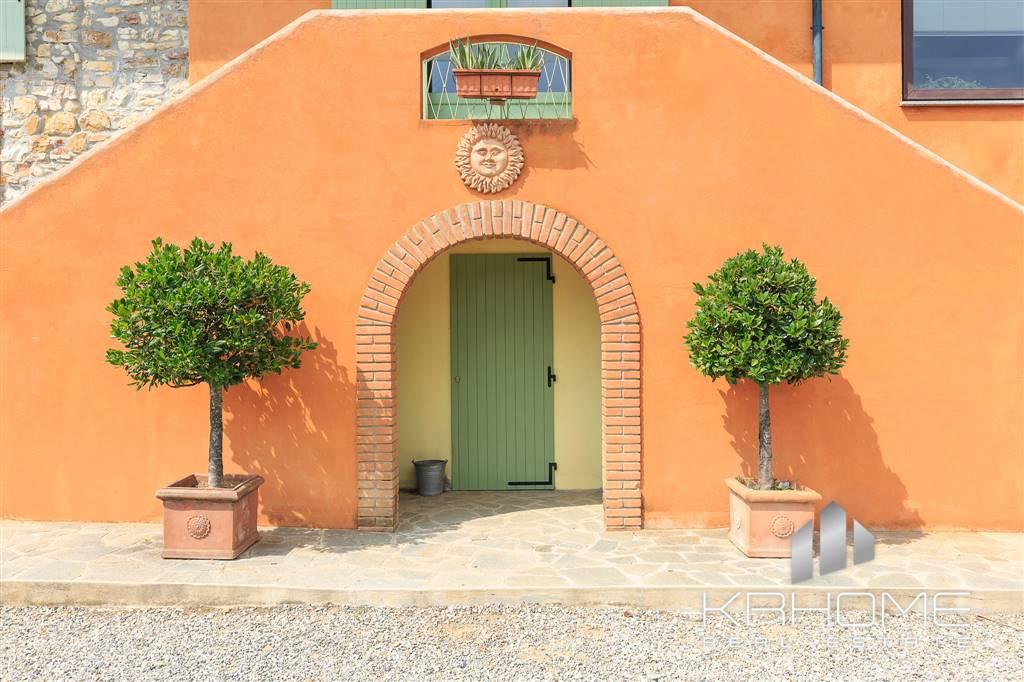 Villa, Nibbiano, ristrutturata