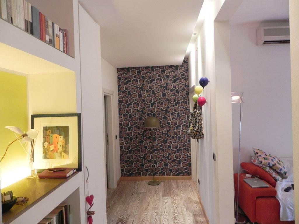 COIANO, PRATO, Appartamento in vendita di 78 Mq, Ottime condizioni, Riscaldamento Autonomo, Classe energetica: G, Epi: 150 kwh/m2 anno, posto al